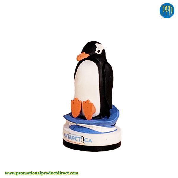penguin shaped flash drive USB 3D