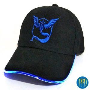 6-panel-hat-with-LED-brim